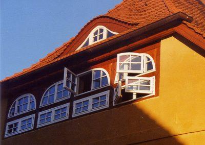 Fenster nach außend öffnend