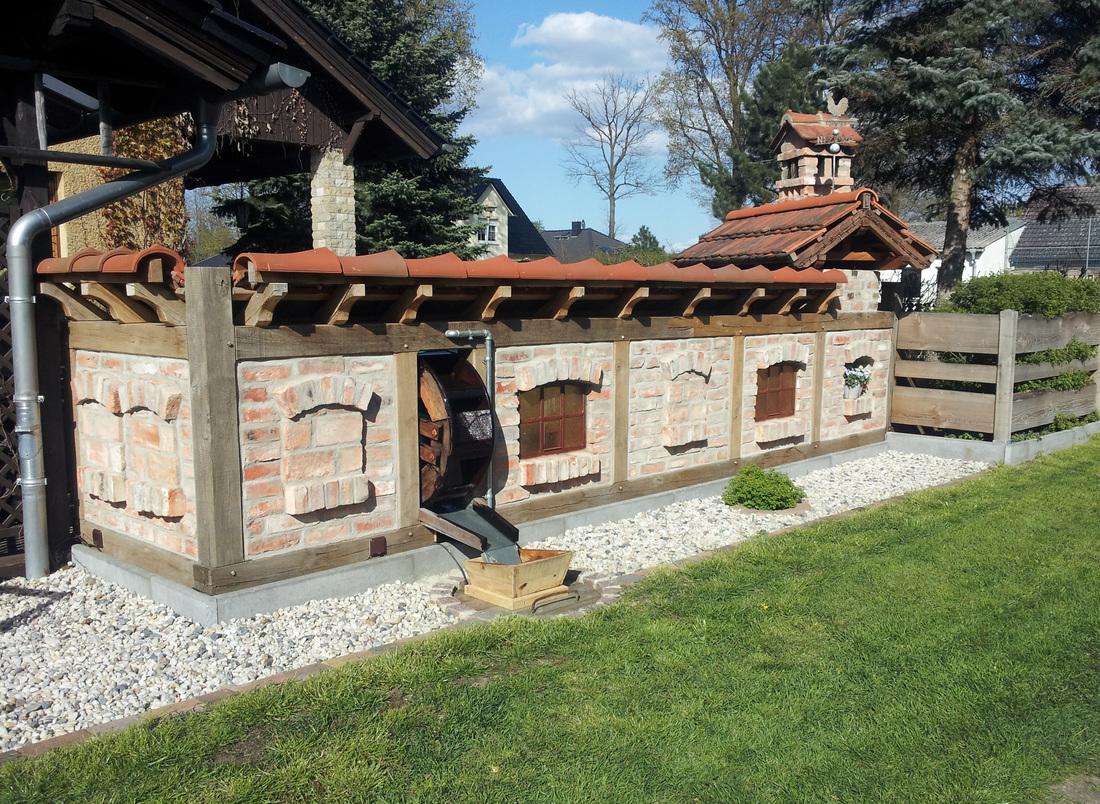 Fachwerk Sitzecke Wasserrad Zaun